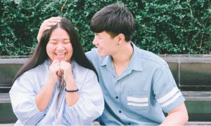 Cặp 'đũa lệch' Thái Lan: Chàng cao ráo đẹp trai, nàng vừa đen, vừa mập