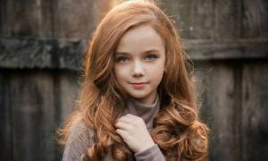 Cô bé 12 tuổi sở hữu vẻ đẹp 'không góc chết'