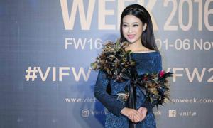 Hoa hậu Mỹ Linh già dặn khó hiểu