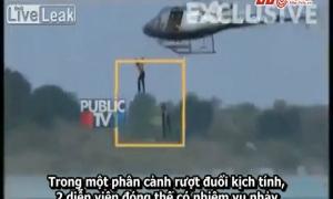 Đóng thế cảnh nhảy từ trực thăng xuống nước, 2 diễn viên chết đuối