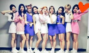 Tủ đồ diễn của Twice khi quảng bá hit 'TT'