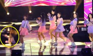 Sao nữ Kpop bị hụt chân rơi xuống sân khấu cao 2m
