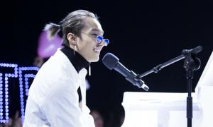 Sơn Tùng M-TP gây phấn khích khi kéo 300 fan vào 'ngôi nhà truyền cảm hứng'