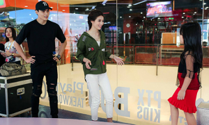 Quỳnh Châu - Quang Hùng mặc xì tin tập catwalk cho mẫu nhí
