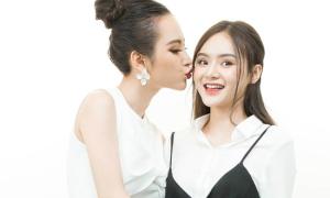 Em gái Angela Phương Trinh nhỏ bé, ngây thơ bên chị gái hơn 1 tuổi