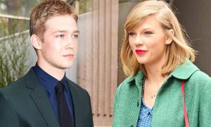 Taylor Swift lần đầu lộ ảnh đi chơi cùng bạn trai mới