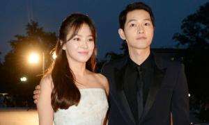 Song Joong Ki giấu chuyện tình cảm để bảo vệ Song Hye Kyo