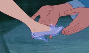 Quiz: Nhìn giày đoán công chúa Disney