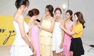 Midu ra dáng 'bà chủ' khi mời team Lan Khuê chụp lookbook