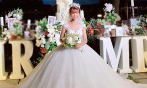 Ba bộ váy cưới giá mềm giúp cô dâu Khởi My xinh như công chúa