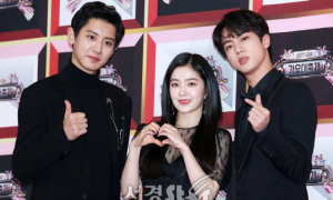 Irene bị 2 hot boy 'dìm', Yeri vẫn không cười bất chấp chỉ trích