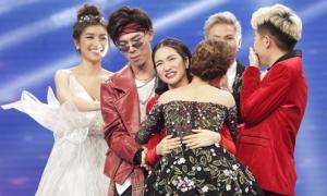 'Gia đình hoa dâm bụt' nắm tay Giang Hồng Ngọc vào chung kết hát bolero
