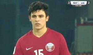 'Hoàng tử lai' Bassam Hisham buồn bã sau khi thua U23 Việt Nam