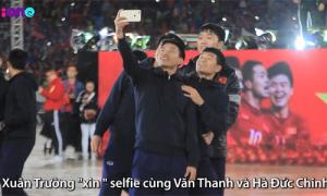 Những khoảnh khắc 'yêu không đỡ kịp' của U23 Việt Nam khi giao lưu với fan
