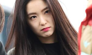Phản ứng 'bạo lực' của Irene khi bị trêu chọc