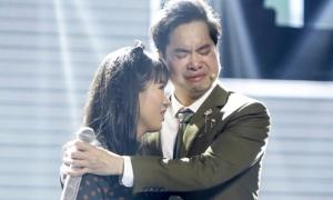 VĐV điền kinh khiếm thị khiến Ngọc Sơn bật khóc khi cất giọng hát