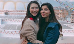 Tường Linh du lịch Nepal cùng cô bạn thân tại Hoa hậu Liên lục địa