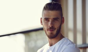 4 kiểu tóc thời thượng của thủ môn điển trai nhất thế giới