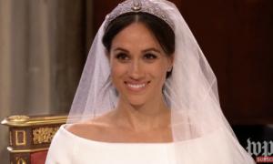 Phản ứng của Hoàng tử Harry khi thấy cô dâu xinh đẹp
