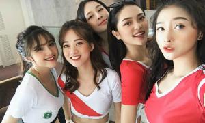 Dàn hot girl Việt khởi động cùng World Cup 2018