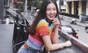Chiếc áo mốt từ 20 năm trước khiến con gái châu Á 'phát cuồng' trở lại