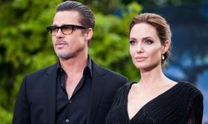 Angelina bị chỉ trích vì gây khó dễ cho Brad trong trận chiến nuôi con