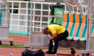 HLV Park gục mặt, các chân sút thất thần vì để hụt huy chương