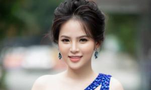 Phi Huyền Trang ngồi ghế nóng cuộc thi tìm kiếm thiếu nữ tài năng