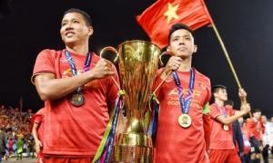 Anh Đức nghẹn ngào không nói nên lời sau bàn thắng đưa Việt Nam vô địch