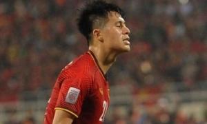 Đình Trọng khiến fan lo sốt vó vì dính chấn thương sau khi vô địch AFF Cup