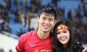 Bạn gái âm thầm động viên khi Văn Lâm, Duy Mạnh bị chỉ trích