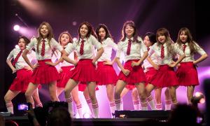 Các ca khúc Kpop nổi tiếng do idol sáng tác