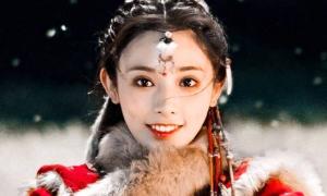 Diễn xuất trợn trừng nhưng nữ chính 'Đông Cung' được tha thứ tất cả vì... đẹp