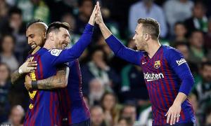 Cú hat-trick của Messi 'siêu đẳng' không kém Ronaldo
