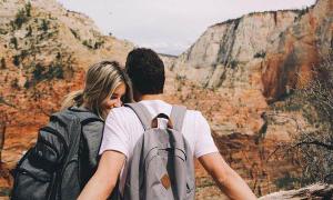 6 lý do bạn nên hẹn hò với một chàng trai trẻ