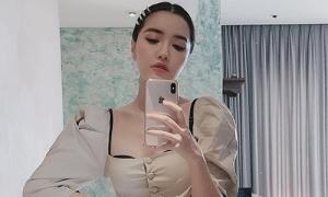 Bị soi lộ nội y kém duyên, Bích Phương đáp trả: 'Áo ngực cũng là áo'