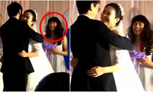 Người đàn ông Trung Quốc chiếm spotlight khi làm phù dâu