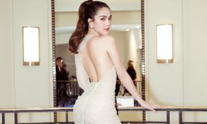 Ngọc Trinh mặc váy siêu mỏng, xẻ cao vút dự LHP Cannes
