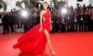 Cách nhận biết VIP và khách thường trên thảm đỏ Cannes
