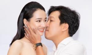 Trường Giang hôn Nhã Phương chúc mừng sinh nhật