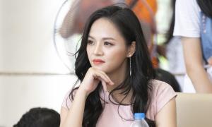 'My Sói' Thu Quỳnh làm giám khảo hội thi trường Ams