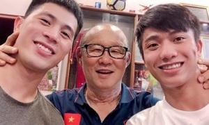 Đình Trọng rủ rê thầy Park và Phan Văn Đức về thăm nhà
