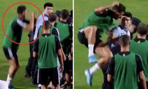 Trò đùa 'dọa đánh' nhân viên an ninh của Ronaldo gây tranh cãi