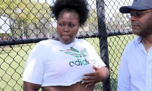 Cô gái Mỹ thoát chết trong vụ xả súng ở Brooklyn nhờ... áo ngực