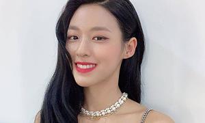 Nhan sắc của Seol Hyun (AOA) gây 'bão' khi tái xuất