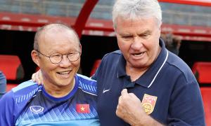 Báo Hàn để ý phản ứng của HLV Park khi thắng Hiddink
