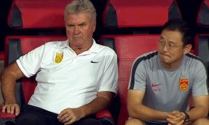 CĐV Trung Quốc chỉ trích HLV Hiddink và cầu thủ