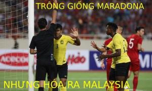 Việt Nam - Malaysia: Trọng tài rút thẻ vàng 'xông xênh và mạnh dạn'