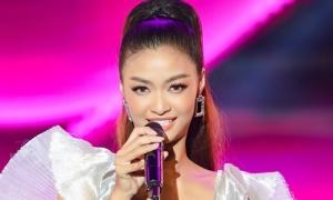 Á hậu Kiều Loan hát nhảy như ca sĩ chuyên nghiệp