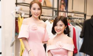 2 'tiểu tam' Quỳnh Nga - Lương Thanh thân thiết ở sự kiện